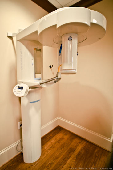 Digital xray machine Close up at Reich Dental Center